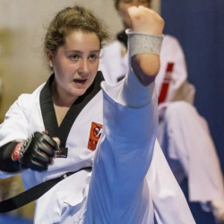 tkd - adults kick 5.jpg