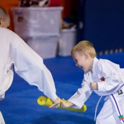 tkd - kids 4to6 instructor3.jpg